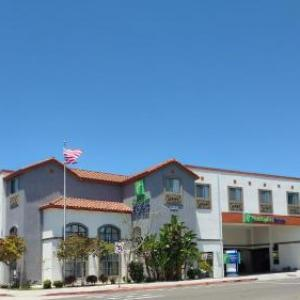Redondo Union High School Hotels - Holiday Inn Express Hotel & Suites Hermosa Beach