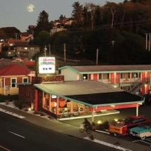 Clatsop County Fair Hotels - Atomic Motel