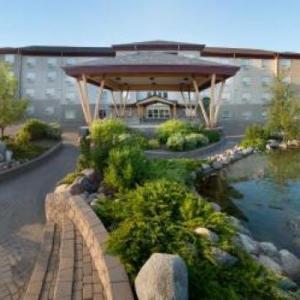 Hotels near North Battleford Civic Centre - Gold Eagle Lodge