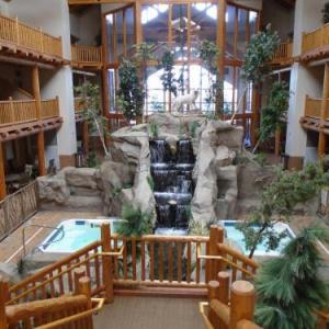 Hotels near Casper Events Center - Casper C'mon Inn Hotel & Suites