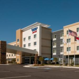 Hotels near Huff Concert Hall - Fairfield Inn & Suites By Marriott Fayetteville North