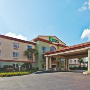 Hotels near Spirit of the Suwannee Music Park - Holiday Inn Express Hotel & Suites Live Oak