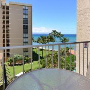 Book Now Royal Kahana 618 (Lahaina, United States). Rooms Available for all budgets. W019211824-01 Royal Kahana 618 offers accommodation in Kahana 33 km from Paia. Guests benefit from terrace and an outdoor pool.The kitchen is equipped with a dishwasher an ove