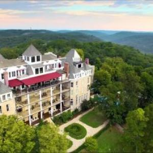 Hotels near Eureka Springs City Auditorium - 1886 Crescent Hotel and Spa