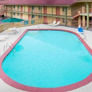 Hotels near War Memorial Stadium Little Rock - Days Inn Little Rock / Medical Center