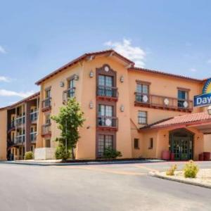 Hotels near Alabama State Fair Arena - Days Inn Birmingham