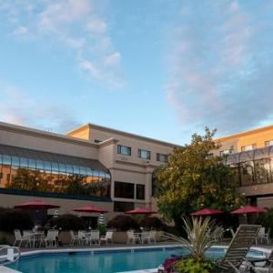 Hotels near New Hope Community Church Portland - Monarch Hotel And Conference  Center