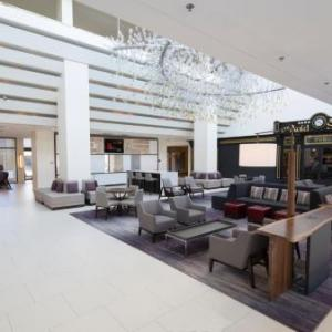 Hotels near Birchwood Manor - Hanover Marriott