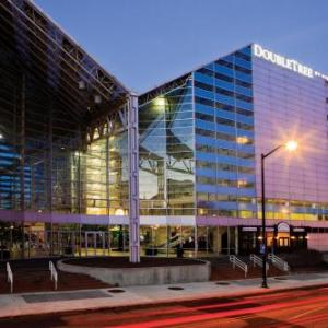 Hotels near Coveleski Stadium - DoubleTree by Hilton Hotel South Bend