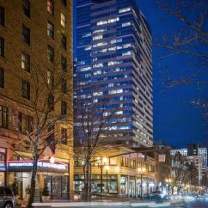 McMenamins Mission Theater Hotels - The Heathman Hotel