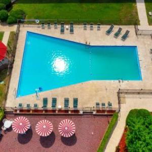 Magic Springs Theme and Water Park Hotels - Red Roof Inn Hot Springs