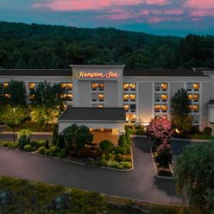 Tuxedo Junction Danbury Hotels - Hampton Inn Danbury
