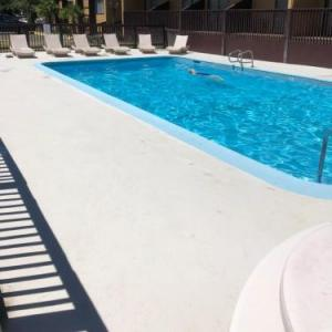Hollywood Bowl Portland Hotels - Howard Johnson Portland Airport