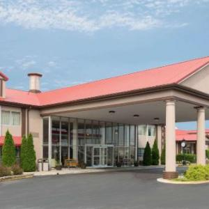 Ramada by Wyndham Bowling Green