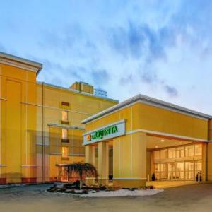 Ridgefield Playhouse Hotels - La Quinta by Wyndham Danbury