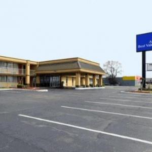 Warfield Point Park Hotels - Americas Best Value Inn & Suites Greenville