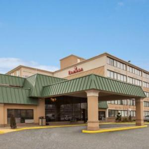 Hotels near Auditorium at Bergen County Academies - Ramada By Wyndham Rochelle Park Near Paramus