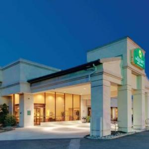 La Quinta Inn & Suites Fairfield Nj