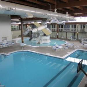 Kansas State Fair Hotels - Atrium Hotel And Conference Center