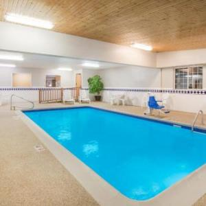 Ramada By Wyndham Spirit Lake/okoboji