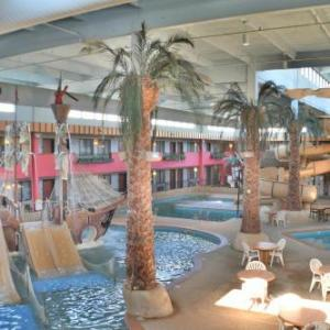 Sioux Falls Arena Hotels - Ramada Hotel And Suites Sioux Falls
