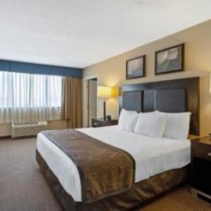 SNHU Arena Hotels - La Quinta Inn & Suites By Wyndham Manchester