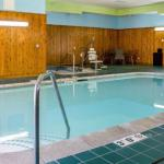 Comfort Inn & Suites Cedar Rapids North - Collins Road