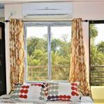 Pretty Lake View, 3BHK Furnished Flat near Kashi Vishwanath Temple