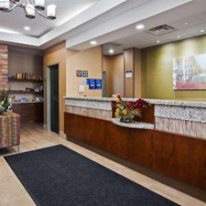 Hotels near Centre Wellington Community Sportsplex - Best Western Plus Fergus Hotel