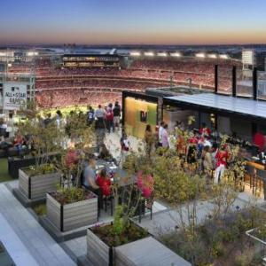 Nationals Park Washington Hotels - Hampton Inn & Suites Washington D.C. -Navy Yard