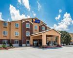 Huntsville Missouri Hotels - Comfort Inn & Suites Moberly