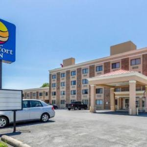 Weinberg Center for the Arts Hotels - Comfort Inn Red Horse