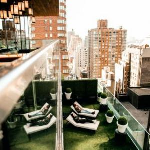 Hotels near Broadway Comedy Club - citizenM New York Times Square