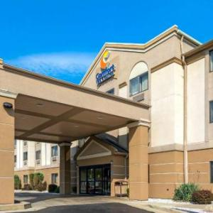 Michigan International Sdway Hotels Comfort Inn Suites
