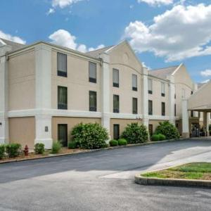 Six Flags St. Louis Hotels - Comfort Inn Near Six Flags St. Louis