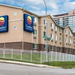Hotels near Richard L Berkley Riverfront Park - Comfort Inn & Suites Downtown