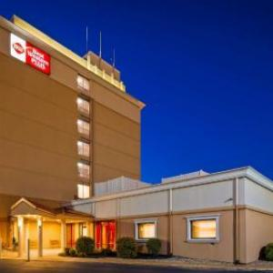 Hotels near Saint Charles Convention Center - Best Western Plus The Charles Hotel