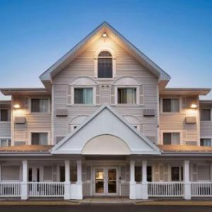 Hotels near Magnetic Hill Concert Site - Travelodge Suites Moncton