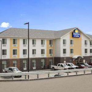Days Inn & Suites By Wyndham Belmont