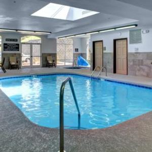 Country Inn & Suites By Radisson Asheville Downtown Tunnel Road