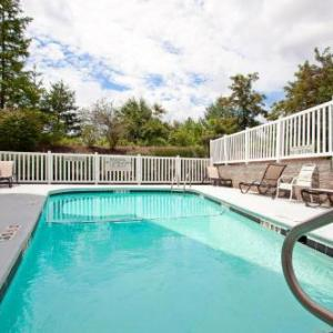 Country Inn & Suites By Carlson Asheville at Biltmore Square Mall NC