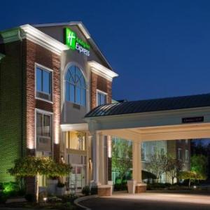 Yankee Lake Hotels - Holiday Inn Express & Suites Youngstown N (Warren/Niles)