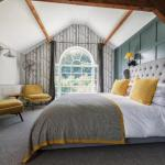 Hotels near University of Derby - The Coach House B&B