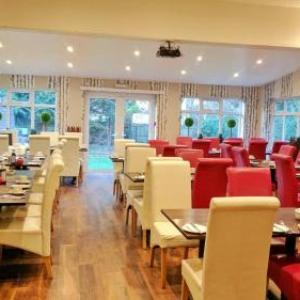 Hotels near Churchill Theatre Bromley - Avis Hotel
