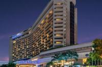 Dusit Thani Manila Hotel