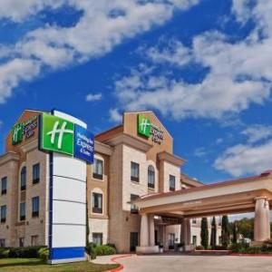 Holiday Inn Express Hotel & Suites Victoria