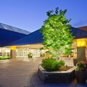 Plymouth Ice Center Hotels - Crowne Plaza Minneapolis West
