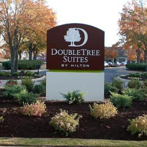 John Hunt Park Hotels - DoubleTree by Hilton Huntsville-South