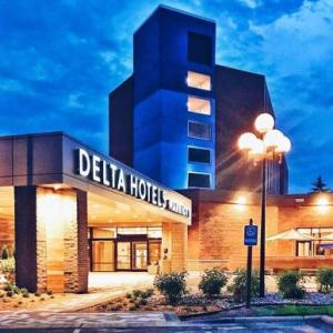 Elizabeth Lyle Robbie Soccer Stadium Hotels - Delta Hotels By Marriott Minneapolis Northeast