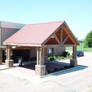 Hotels near DakotaDome - Prairie Inn